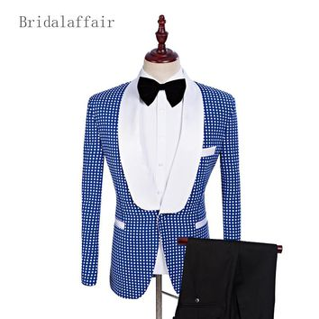 2018 White Shawl Lapel Groom Tuxedos Blue Men Suits With Pants Wedding Best Man Fashion Printed Points Blazer (Jacket+Pants)2Pcs
