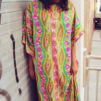 Vintage 70s Psychedelic Flower Child Caftan Kaftan, Penneys One Size Fits All