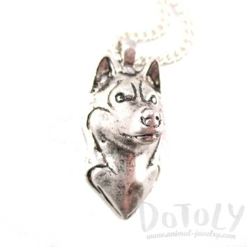 3D Lifelike Siberian Husky Face Shaped Pendant Necklace | Jewelry for Dog Lovers