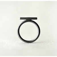 Dark Moon Beam Ring