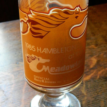 1985 Hambletonian at the Meadowlands Horse Racing Souvenir Glass