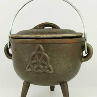 Triquetra Cast Iron Cauldron 4 1/2""