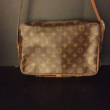 CREYRQ5 Louis Vuitton The French Company Messenger crossover body bag Vintage