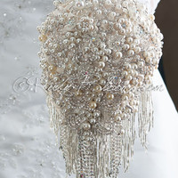 Pearly Waterfall Old Hollywood Great Gatsby wedding bouquet
