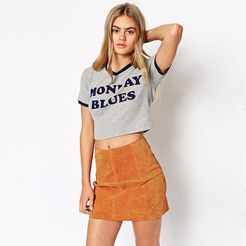 Grey V-Neck Graphic Print Cropped T-shirt