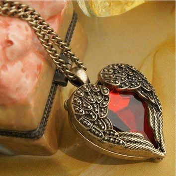 New Airrival Fashion Vintage lovely Style Wings Red Crystal Heart Charm Necklace N15