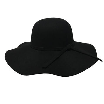 Seasoned Floppy Hat In Black