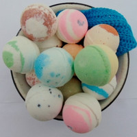 10 Extra Large handmade bath bombs, bath fizzie, homemade bath products, spa treat