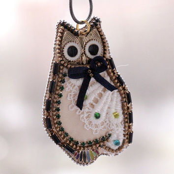 Owl handmade embroidery.Gift for Owl lover.Owl necklace.OWL beads.owl pendant.owl jewelry hand embroidery.OWL pendant.Pendant embroidery.