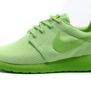 n041 - Nike Roshe Run (Forest Green)