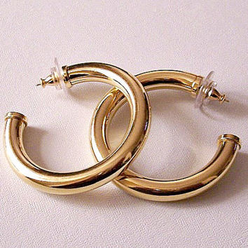 Monet Polished Hoops Pierced Earrings Gold Tone Vintage Extra Large Open End Big Round Tube Circle Rings