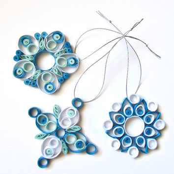 Quilling Christmas Decoration Set of 3 Quilled White and Blue Nuanced Snowflakes, Quilling Christmas Snowflakes