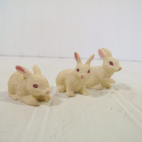 Trio Set of Bunny Figurines - Vintage Easter Rabbit Collectibles - Shabby Cottage Chic Spring Time Decor Collectibles Set of 3 White Bunnies