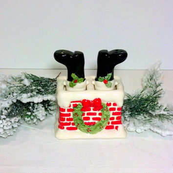 christmas salt and pepper set vintage christmas red and black shakers santas boots in the chimney - Christmas Salt And Pepper Shakers