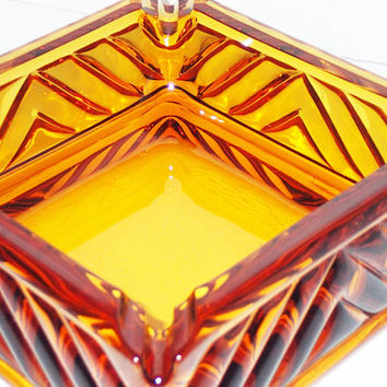 Vintage Art Deco Amber Glass Ashtray heavy thick glass beautiful chevron pattern Multi size notch for Cigarettes Cigars tobacciana smoker