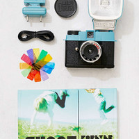 Lomography Diana Mini F+ Film Camera Set | Urban Outfitters