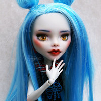 Monster High repaint | Monster High custom | art doll | Ghoulia Yelps