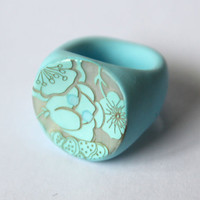 Aqua Blue Shell and polymer clay resin ring. FREE POSTAGE in Oz