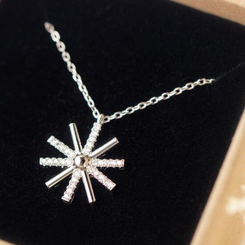 Womens Girls 925 Sterling Silver Snowflake Necklace with Crystal Christmas Gift 87