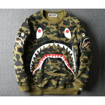Bape autumn and winter fashion shark camouflage plus velvet pullover sweater F-A-KSFZ Green