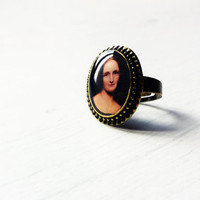 Mary Shelley - Handmade Vintage Cameo Ring - Literature Jewelry