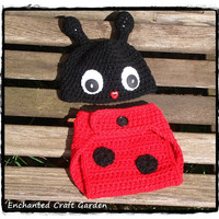 Ladybug Diaper Cover and Hat Set by enchantedcraftgarden on Etsy