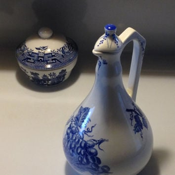 Real Vinicola Portugal Wine Decanter Bottle Collectible Bottle Delft Blue 1970s 80s