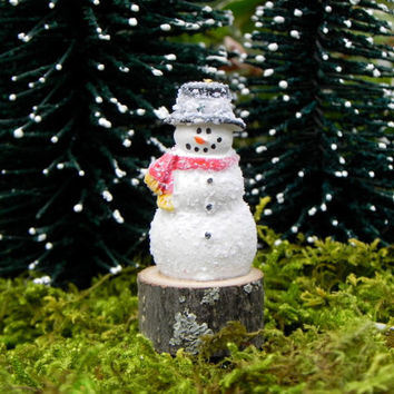 Miniature Fairy Garden Snowman on wood slice for miniature garden or terrarium