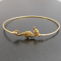 Seahorse Bangle Bracelet, Seahorse Bracelet, Gold, Summer Jewelry, Summer Bracelet, Summer Fashion, Wedding, Beach Jewelry, Beach Bracelet