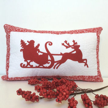 Quilted Christmas applique pillow, Quilted Santa applique pillow