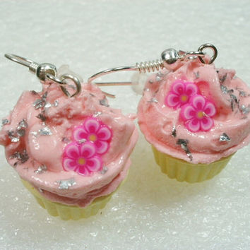 Pink Cupcake Earrings. Polymer Clay.