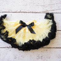 Bumble bee Pettiskirt  - Pettiskirt  - baby Halloween costume - Bee Outfit - Baby pettiskirt - Pettiskirt- bee Birthday - Bee Dress