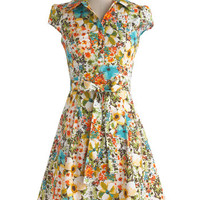 ModCloth Vintage Inspired Mid-length Cap Sleeves Shirt Dress Soda Fountain Dress in Floral