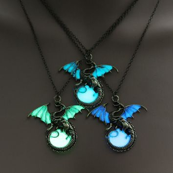Game of Throne dragon Punk Luminous Dragon pendant necklace Silver Sweater Chain Jewelry glowing in the dark necklace For Men