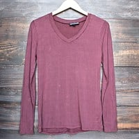 BSIC - vintage acid wash v neck long sleeve shirt in burgundy