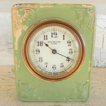 Metal Wind Up Clock, New Haven Clock, Chippy Paint, Running Clock