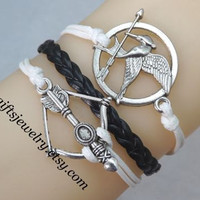 Bracelet-Hunger inspired games jewelry,catching fire jewelry,Mockingjay bracelet,hipster jewelry,couple bracelet,arrow charm