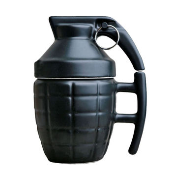 Creative Grenade Drinkware Mugs Ceramic Water Coffee Tea Mug Cup with Cover Lid White Black 280ml Grenade Boom Cups Office Gifts