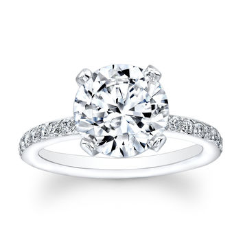 Women's 18kt white gold antique diamond engagement ring with 2ct natural Round White Sapphire center 0.25 ctw diamonds