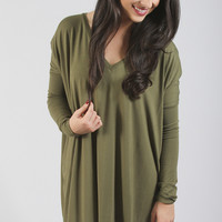 piko: ultimate everyday long sleeve v-neck tunic - olive