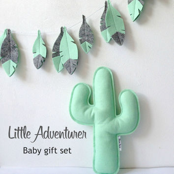 Baby Shower Gift set: Feather garland and Cactus Softie, Adventure nursery, Baby gift, Baby decor, Bohemian Nursery