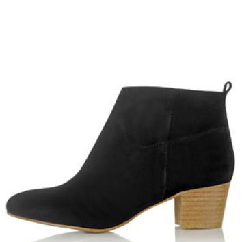 AIMEE Pull On Boots - Black