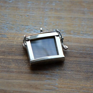 SILVER Glass Frame Pendant SQUARE Shape Memory Box Double Sided Glass Hinged Locket Picture Frame Pendant Charm Jewelry Pendant (BD011)