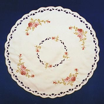 Victorian Linen Rose Round Table Linen