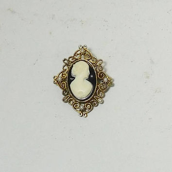 Cameo Brooch, Black Background, Antiqued Gold, Pearls, Filigree Setting, Vintage Steampunk, Victorian Era, Medieval Jewelry, Renaissance