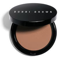 Bronzing Powder > Skin Weightless Powder Foundation Look > What's New > Bobbi Brown