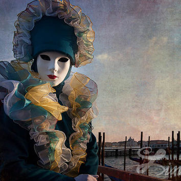 Art Print Venetian Carnival Photography Soldier Mask Costume Grand Canal Venice Fine Art Photo Extra Large Wall Art Decor Carnival Mask