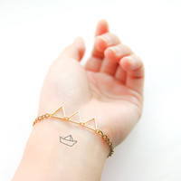 Triangle Trio - Mini Triangles Bracelet with Hand Painted Trinket Charm - Geometric Jewelry