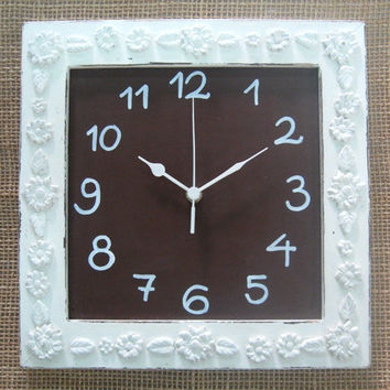 Cream & brown Shabby Chic Wall Clock
