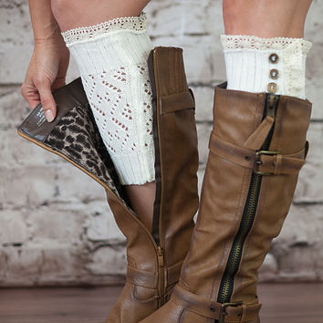 Vintage Style 3 Button Boot Cuffs